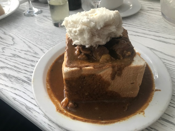 Bunny Chow curry at House of Curry, Durban